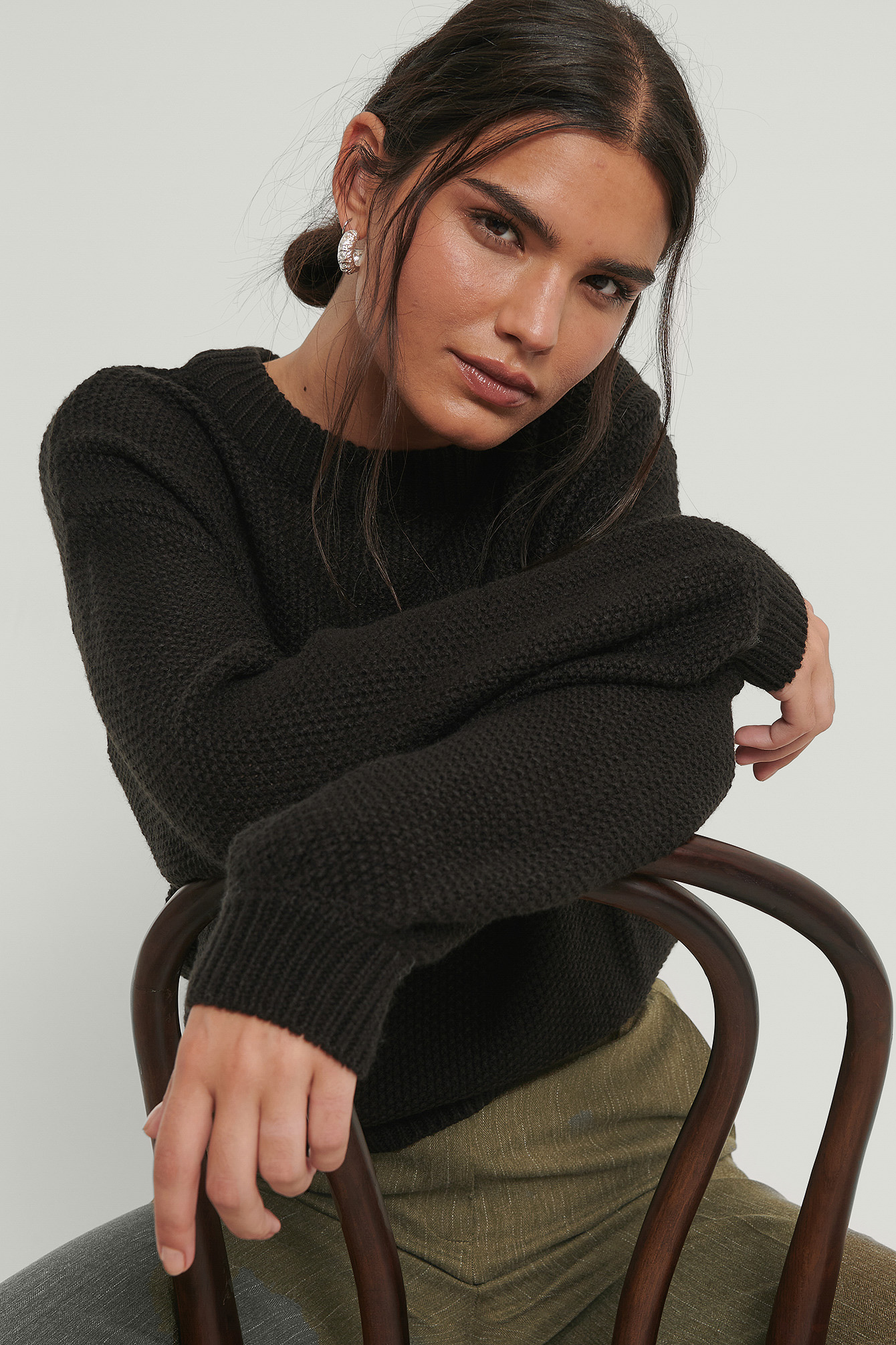 Black Balloon Sleeve Knitted Cropped Sweater