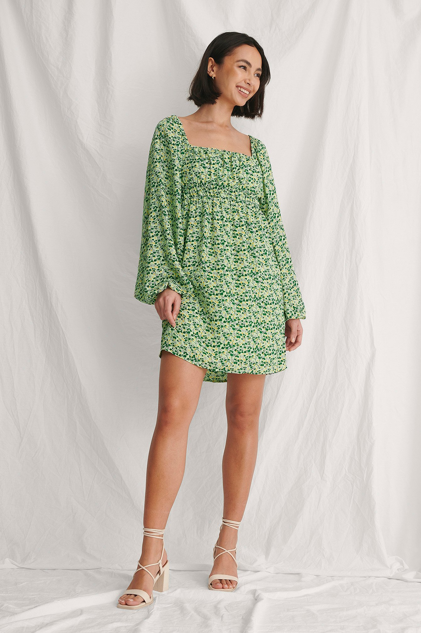 Green Flower Ruched Detail Chiffon Dress