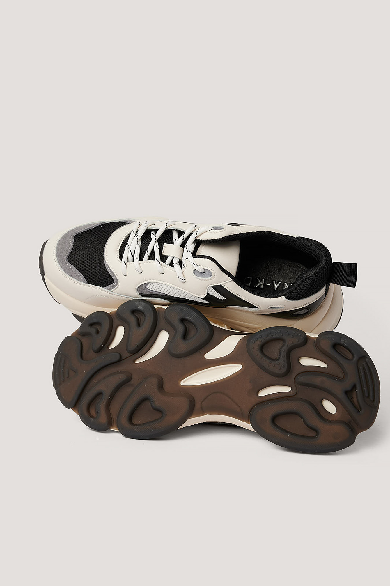 Creme/Black Chunky Contrast Detail Trainers