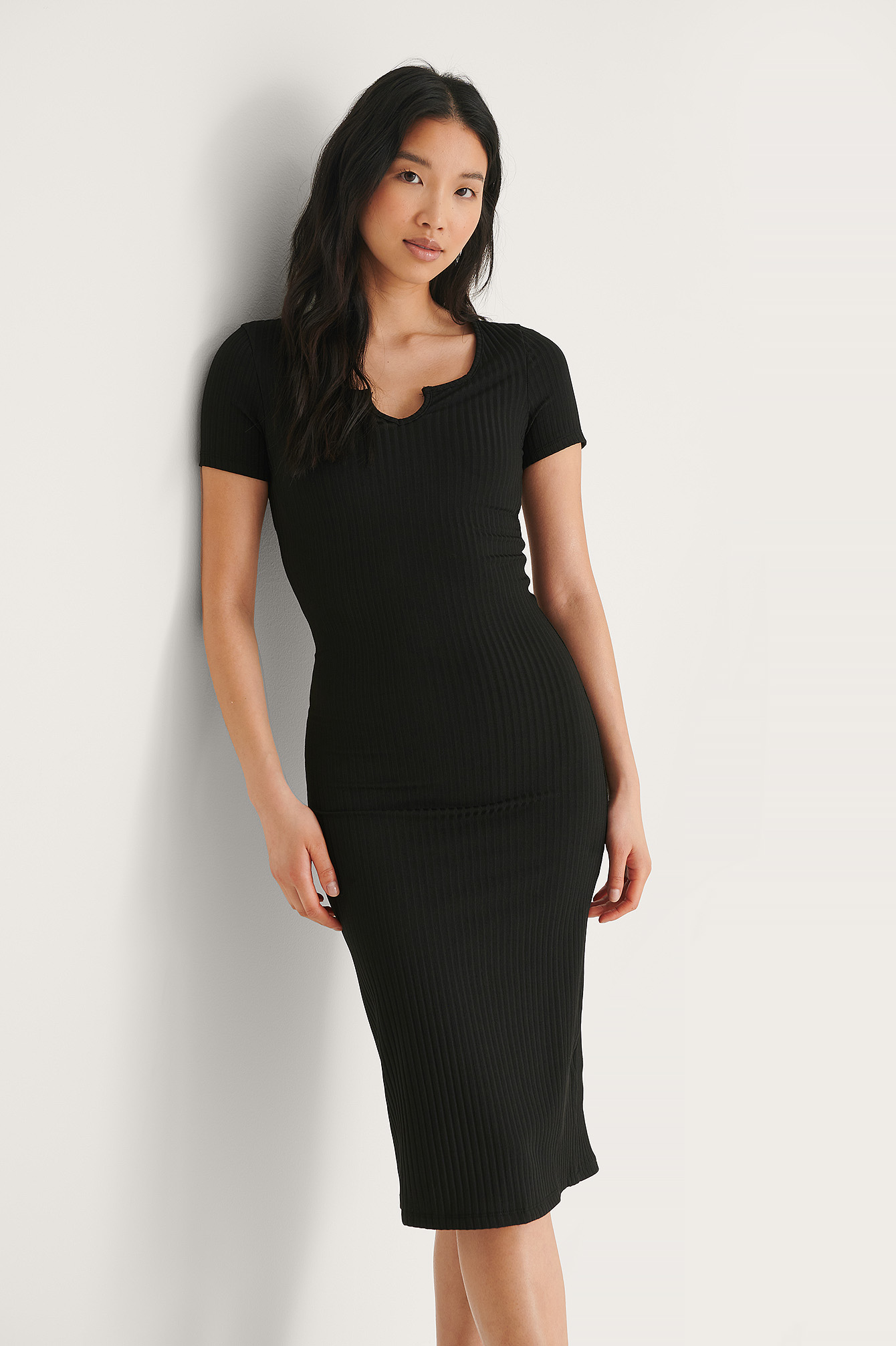 Black Carmen Midi Dress