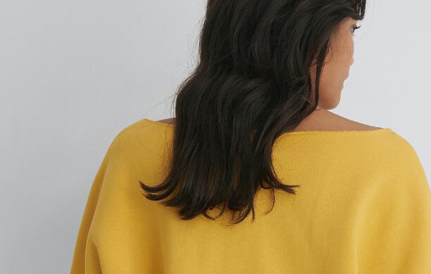 NA‑KD one shoulder raw edge neck sweater